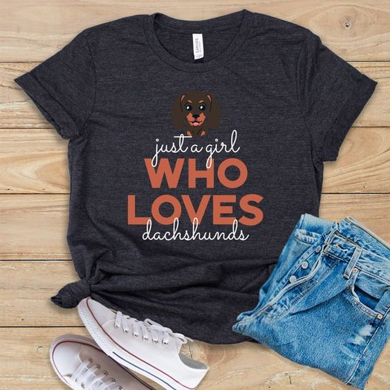 Who Loves Dachshunds Tshirt TY4AG0