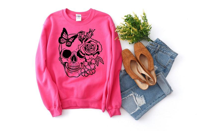 skull and butterfly sweatshirt TK4S0
